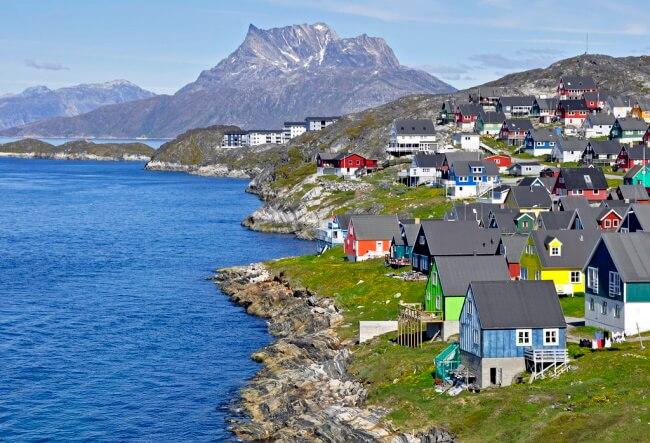 Explore Ilulissat and Nuuk