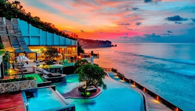 Top 10 Classic Honeymoon Destinations for 2020